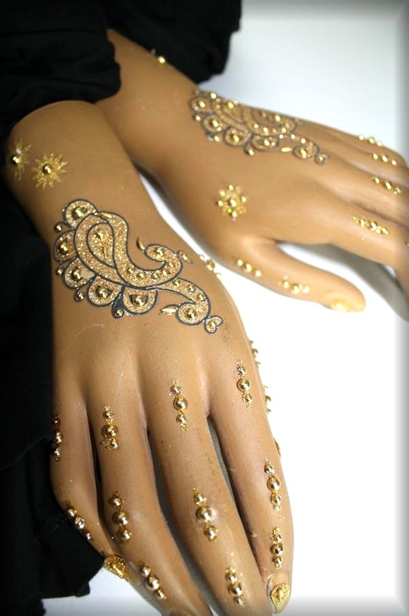 doppel handschmuck gold bollywood strass klebe tattoo indien im henna stil ebay. Black Bedroom Furniture Sets. Home Design Ideas